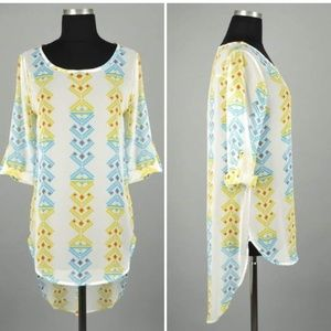 Sheer turquoise/white/yellow hi-lo tunic!